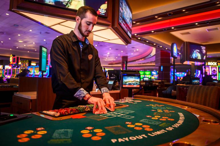 Apply These Three Secret Techniques To Improve Online Casino